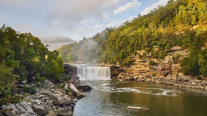 Cumberland Falls est le point central du Cumberland Falls State Resort Park