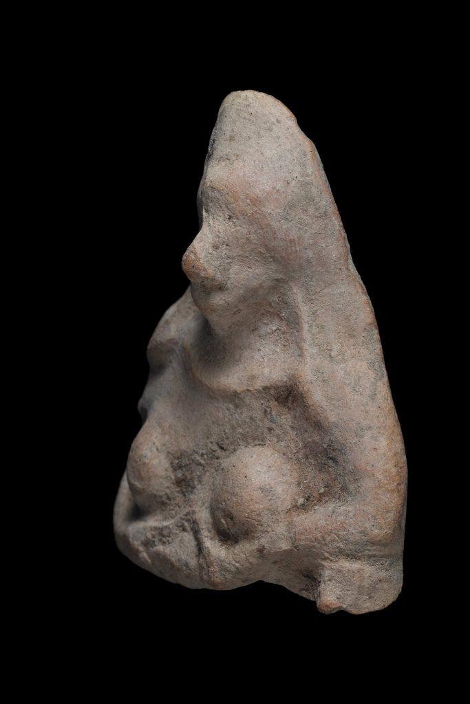 Une ancienne figurine découverte dans le sud d'Israël.  Avec l'aimable autorisation de l'Israel Antiquities Authority.