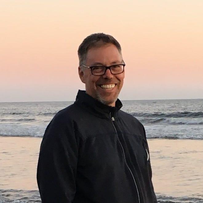 Michael Graca est le directeur des communications de la Buzzards Bay Coalition.