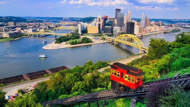 La ligne d'horizon de Pittsburgh, Pennsylvanie.